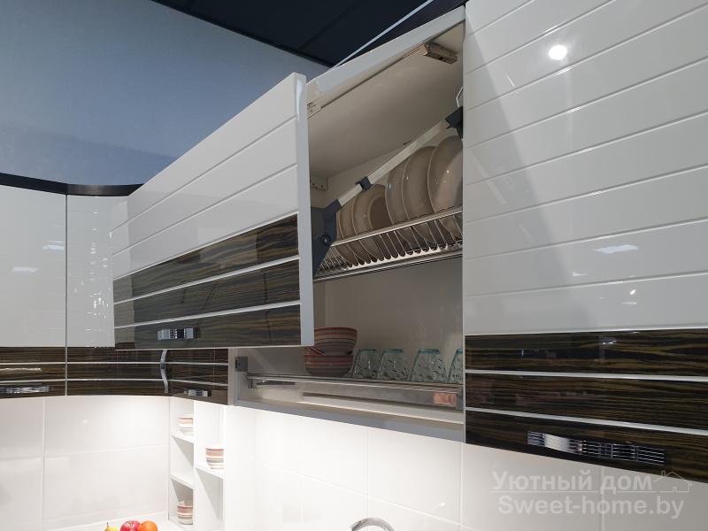 Угловая кухня Tempo Linea из МДФ с комбинированным покрытием (крашеный МДФ и шпон)